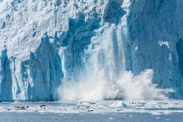 La fonte des glaciers : conséquence du réchauffement climatique